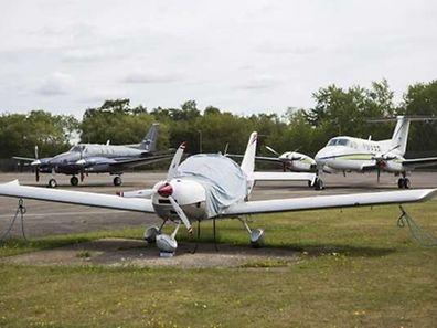 L'aéroport de Blackbushe dans le Hampshire, au sud de l'Angleterre, à proximité duquel un jet privé s'est écrasé, avec à son bord des membres de la famille ben Laden.