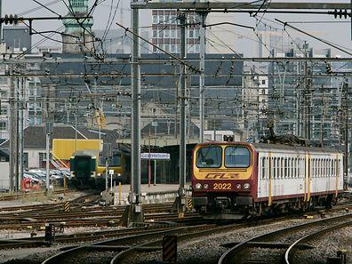 Zug beim verlassen des Bahnhofs Luxemburg. (Symbolbild)Foto: Serge Waldbilliog