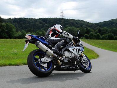 BMW Motorrad bringt erstes Kurven-ABS für Supersportler. Nachrüstbares ABS Pro exklusiv für die HP4.