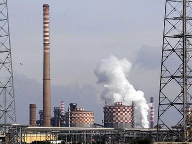Dumping social et écologique? L'augmentation des coûts de production liés à la réforme des quotas de CO2 pourrait entraîner des délocalisations, notamment dans l'industrie sidérurgique.