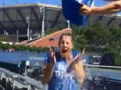 Mandy Minella a relevé le défi de l'Ice Bucket Challenge.