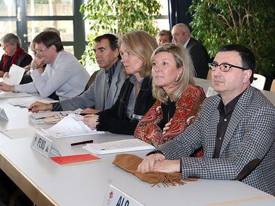 Ob Marco Stacchiotti (r.) das Amt von Nancy Kemp-Arendt (links daneben) als FLNS-Präsident übernehmen wird, entscheiden die Vereinsverantwortlichen am Samstagmorgen.