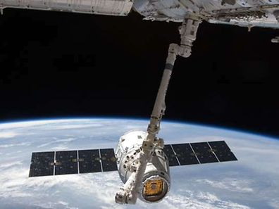 Le SpaceX Dragon commercial cargo.