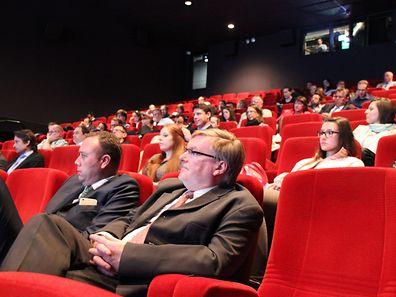 Ein interessiertes Publikum verfolgte die Erklärungen der Meereswissenschaftler.