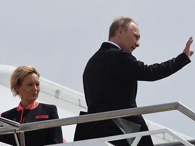 Après deux journées de discussions marquées par des attaques de plusieurs dirigeants occidentaux, le chef du Kremlin a finalement quitté le sommet de Brisbane bien avant ses homologues et avant la publication du communiqué final.