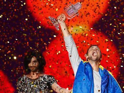 Der Sieg Schwedens war erwartet worden. Das Null-Punkte-Ergebnis war für Deutschland und Österreich eine bittere Niederlage. 2014 hatte Conchita Wurst den Sieg nach Österreich geholt.
