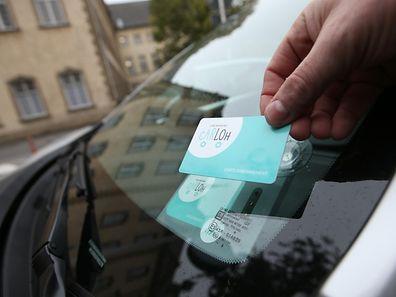 Les abonnés récupèrent et remettent ensuite la voiture à une et même station. En passant la carte d'abonnement sur le pare-brise, la voiture s'ouvre.
