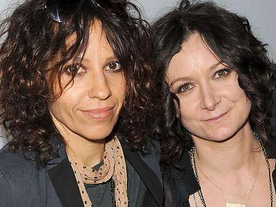 Musikerin Linda Perry (l.) und Ehefrau Sara Gilbert.