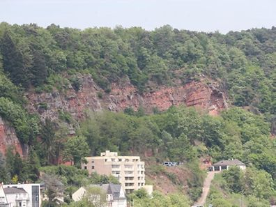 The remains of Tanja Gräff were found on a ledge jutting out from these cliffs behind Bonner Straße
