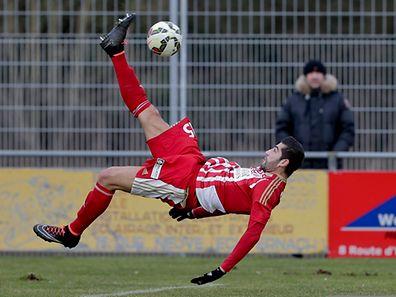 Renversant Samir Hadji! Trois buts et une passe décisive ce dimanche.