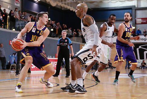 Im Basketball: Amicale lässt T71 keine Chance