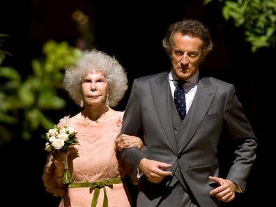 Eheglück im hohen Alter: Die Fürstin von Alba trat mit 85, im Jahr 2011, nochmals vor den Traualtar.