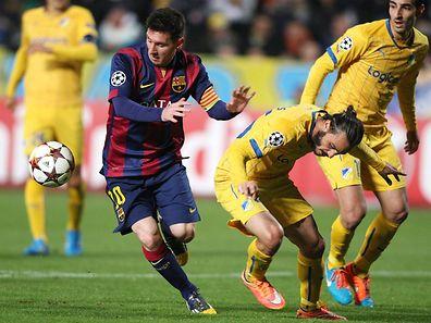 Lionel Messi (l.) ist nun alleiniger Torschütze in der Champions League.