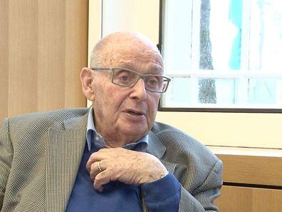 Gerd Klestadt: «J'étais avec mon père dans la partie du camp réservée aux hommes, alors que mon petit frère était avec ma mère dans la section des femmes.»