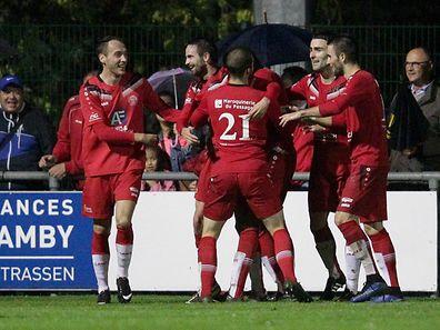 Pure Freude bei den Spielern des FC Una Strassen.
