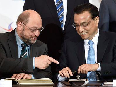 China sei bereit, mit Europa auf allen Bereichen zu arbeiten, sagte Chinas Premierminister Li. EU-Parlamentspräsident Martin Schulz zeigte sich ebenfalls kooperativ.