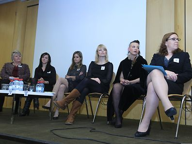 Dorothea Bekker, Rana Hein-Hartmann, Aude Lomogne, Genna Elvin, Feyrouz Ashoura & Amy Rose