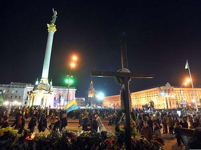 Tausende Menschen gedachten am Freitag der Unruhen vor einem Jahr.