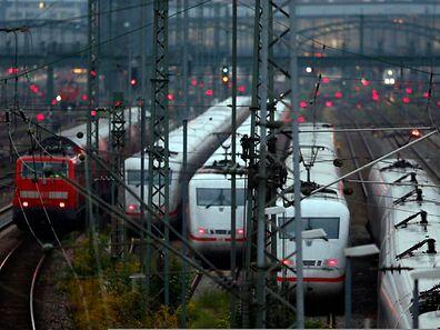 Die Deutsche Bahn erhöht ihre Preise zum 14. Dezember nur leicht.