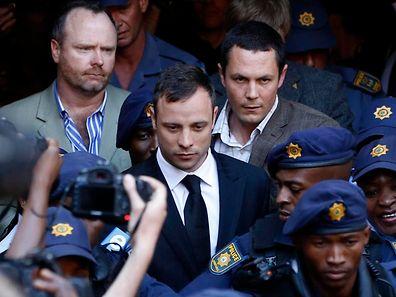 Oscar Pistorius darf bis zur Verkündung des Strafmaßes gegen Kaution in Freiheit bleiben.