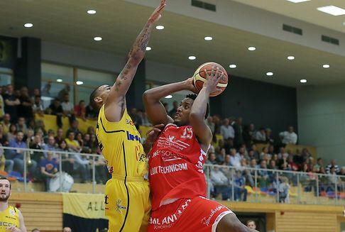 In der Basketball-Meisterschaft: Musel Pikes und Etzella weiter ungeschlagen