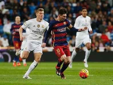 Messi regressou com uma goleada após dois meses de ausência devido a uma lesão