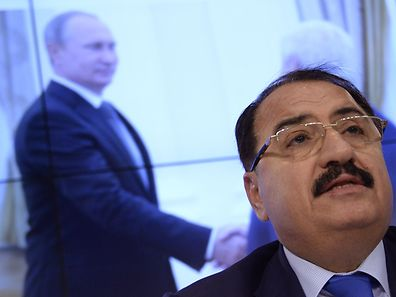 L'ambassadeur syrien en Russie, Riad Haddad, lors d'une conférence de presse le 1er octobre.