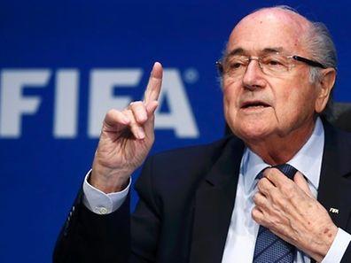 Fifa-Präsident Blatter ist sich keiner Schuld bewusst.