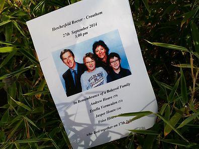 Ein Flugblatt erinnert an die Verstorbenen.