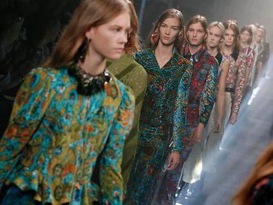 Impressionen der Ready-to-wear-Kollektion von Nicolas Ghesquiere für  Louis Vuitton Frühjahr/Sommer 2015.