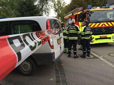 Die Polizei sperrte den Lieferanten- und Personaleingang von Saint-Paul Luxembourg in der Rue Christophe Plantin.