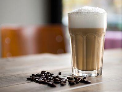 Bei einem Milchkaffee kommt kein Espresso zum Einsatz - Grundlage ist in diesem Fall Filterkaffee.