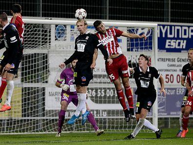 In der BGL Ligue trennten sich im Spitzenspiel Differdingen um Tom Siebenaler und Fola um Samir Hadji mit einem 1:1-Unentschieden.