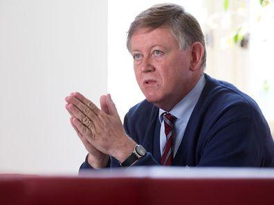 """LSAP-Fraktionschef Alex Bodry: """"Ich hoffe, dass der kleine Fehler, der dem Vizepremier hier unterlaufen ist, dazu beiträgt, dass die Fragen noch klarer werden""""."""