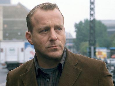 """Heino Ferch - hier zu sehen in seiner Rolle als Kommissar Anton Glauberg in der Produktion """"Mord am Meer""""."""