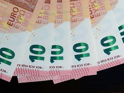 Der 10-Euro-Schein wird ab Dienstag europaweit in Umlauf gebracht.