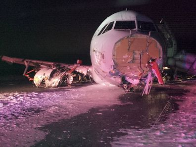An Air Canada Airbus A320 lies in the snow after it skidded off the runway at Halifax International Airport, Nova Scotia March 29, 2015, in this handout courtesy of the Transportation Safety Board of Canada. The Air Canada Flight 624 crash-landed in the east coast city of Halifax and went off the runway early on Sunday, local media reported, with the airline confirming 23 passengers and crew suffered non-life threatening injuries.  REUTERS/Transportation Safety Board of Canada/Handout via Reuters  THIS IMAGE HAS BEEN SUPPLIED BY A THIRD PARTY. IT IS DISTRIBUTED, EXACTLY AS RECEIVED BY REUTERS, AS A SERVICE TO CLIENTS. FOR EDITORIAL USE ONLY. NOT FOR SALE FOR MARKETING OR ADVERTISING CAMPAIGNS.