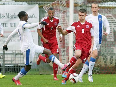Nenad Dragovic (8) und die Luxemburger U21 hatten gegen Finnland keine Chance.