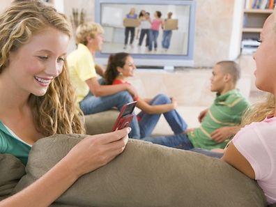 Nos habitudes sociales à l'adolescence peuvent-elles aider à prédire sa santé à l'âge adulte?