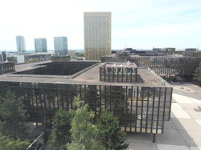 Les 1.650 agents de la Commission européenne qui travaillaient au bâtiment Jean Monnet (ici) déménagent à la Cloche d'or.
