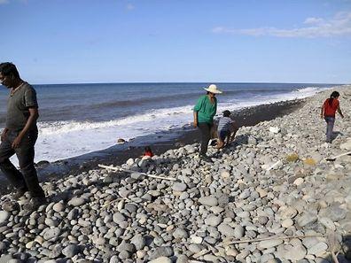 An diesem Stand auf La Réunion war das Wrackteil angeschwemmt worden.