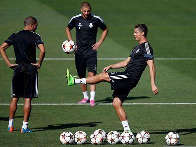 Cristiano Ronaldo und Co. hoffen auf einen erfolgreichen Auftakt.