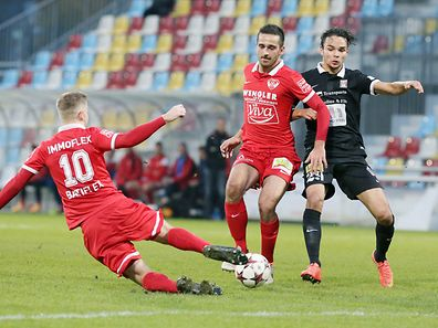 FC Differingen 03 and FC Victoria Rosport -  Flavio SCHUSTER (10 ROSPORT) Gabriel GASPAR (11 ROSPORT) and Toni LUISI (29 FCD03)