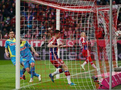 Robert Lewandowski erzielte gegen Köln den vierten Bayern-Treffer.