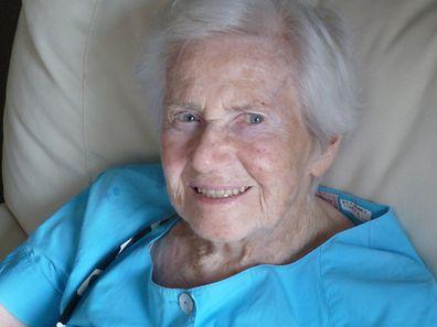 Ingeborg Wolf-Wimmer ist die älteste Person, der ein Weisheitszahn gewachsen ist.
