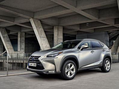 Der Lexus NX soll auffallen: Optisch weichgespülte SUV-Modelle gibt es nach Ansicht der Toyota-Verantwortlichen schließlich bereits mehr als genug.