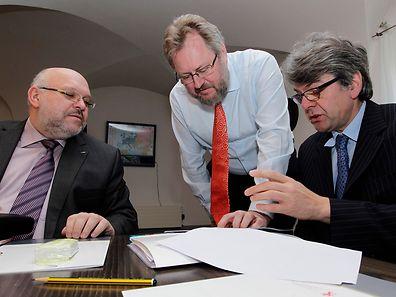 Die Führungsspitzen des LCGB (Patrick Dury), des OGBL (Jean-Claude Reding) und der CGFP (Romain Wolff) haben sich zusammengetan, um Änderungen bei den Sparplänen der Regierung zu erlangen.