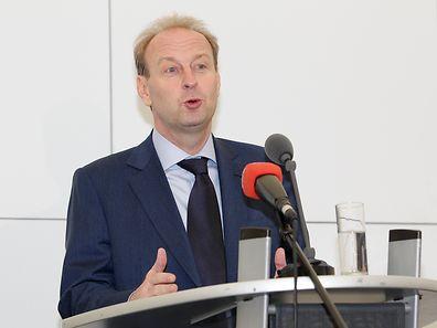 """Beim Spatenstich des """"Luxembourg Freeport"""" 2012: Yves Bouvier"""