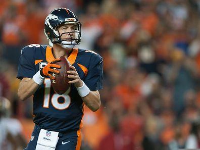 Peyton Manning hat sich mit dem Rekord-Pass in die Geschichtsbücher der NFL eingetragen.