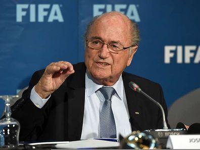 Sepp Blatter et la FIFA n'ont pas encore pris de décision quant au calendrier du Mondial 2022. Eté ou hiver? La décision finale sera tranchée lors de la prochaine réunion de son comité exécutif, en mars 2015.